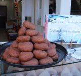 早朝の宮島で食べ歩きが出来るお店を紹介します!