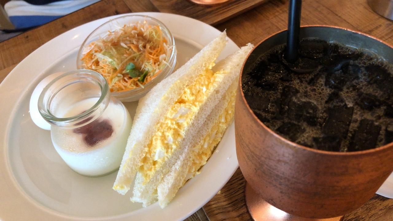広島駅新幹線口横で早朝7時にモーニングを食べる!「J-CAFE」