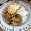 エキエバル「マンゴツリーキッチン」のガパオライスは本場タイの味!